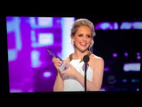 Sarah Michelle Gellar wins People Choice Award 2014