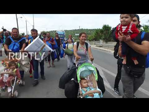 Greece: Kurdish refugees attacked at Lesbos' Moria camp