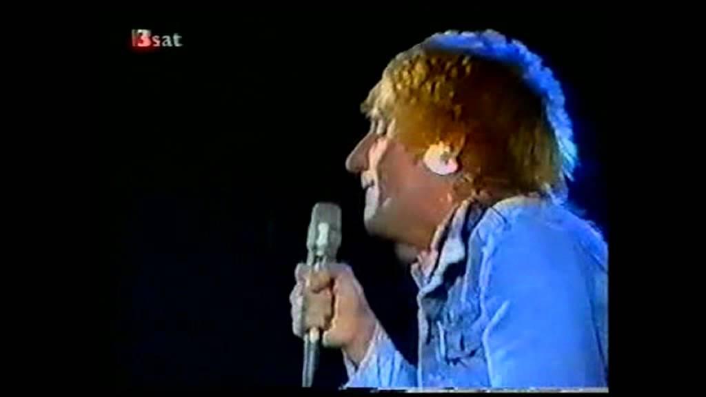 rod-stewart-hot-legs-disco-1977-rod-stewart