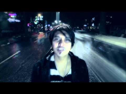 Hoolahoop feat. Aska Rocket Rockers - Perjalanan Terindah ( Official Music Video )