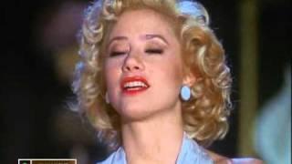 Effect  of Marilyn Monroe - UPSKIRT