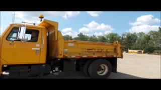 1995 International 4700 dump truck for sale | no-reserve Internet auction September 20, 2016