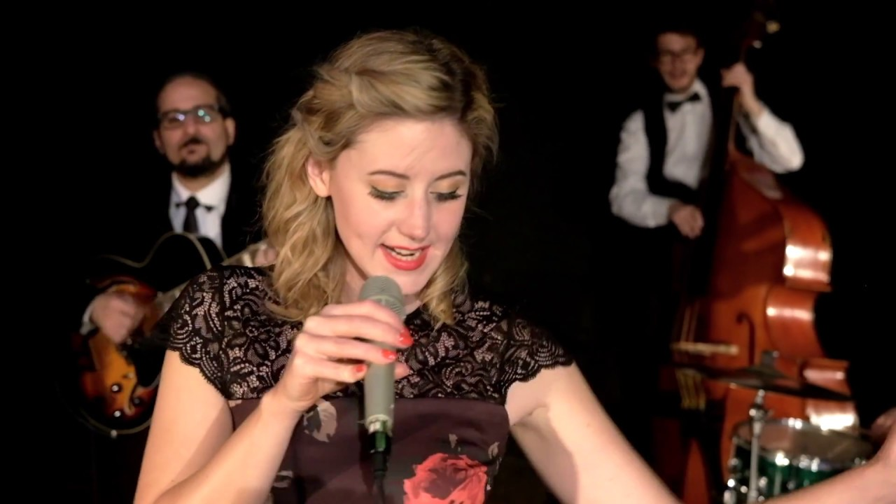 Mambo Italiano - Hetty and the Jazzato Band