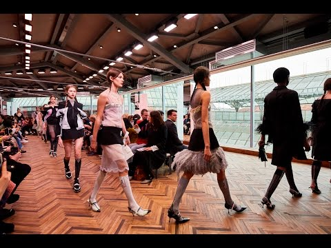 Mirrors and pastel tones to create prada shows resort 2018 by amo
