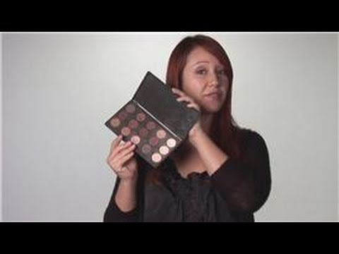 Eyes Makeup Tutorial: How to Properly Apply Eye Shadow