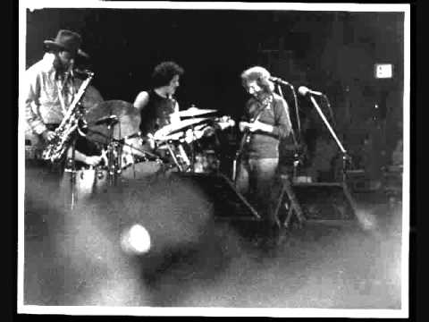 jerry garcia merl saunders positively 4th street 1973 07 10 youtube. Black Bedroom Furniture Sets. Home Design Ideas
