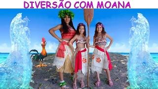DIVERSÃO COM MOANA
