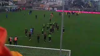 Venezia-Frosinone squadra sotto la curva