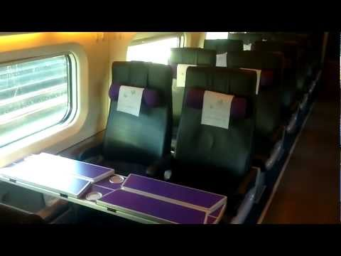 "Pendolinon extra-luokka  | Finnish pendolino train | Extra (""business"") class"