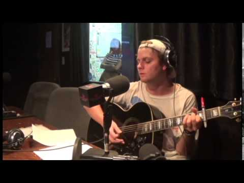 Mac Demarco- Lights Out (Angel Olsen Cover)- Live on A Pint of Cacophony