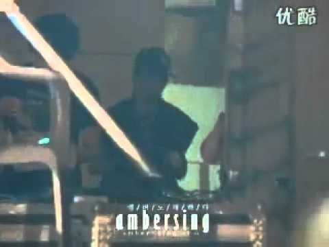 "f(x)- Sexy Amber ""Dancing to Abracadabra @ Sungkyunkwan University"