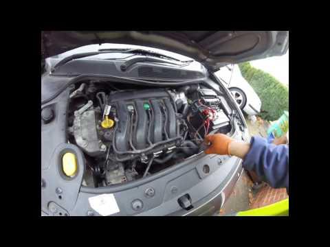 How to remove the intake manifold Renault Megane / Как снять впускной коллектор Рено Меган