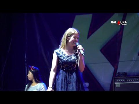 Download Lagu BULE NYANYI LAGU LAGI SYANTIK NEW KEN DEDES TERBARU 2018
