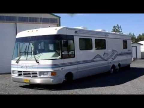 1997 National RV Dolphin Class A in Bend, OR