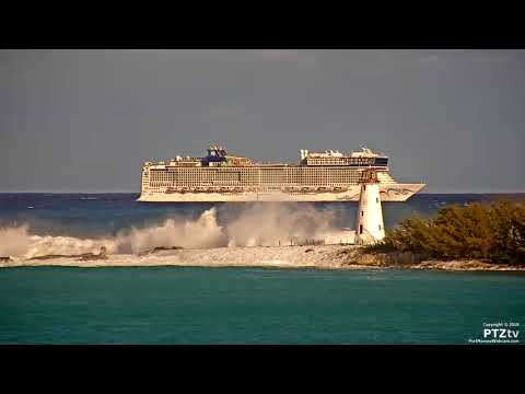 Cruise Ships cannot enter Nassau Bahamas due to High Surf & Waves   3/5/2018