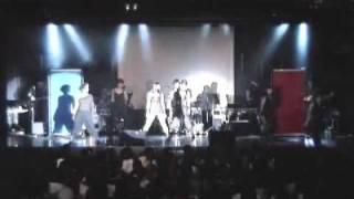 シルビア・グラブ、林希のユニットgravityライブよりjunkiesistaのShowT...