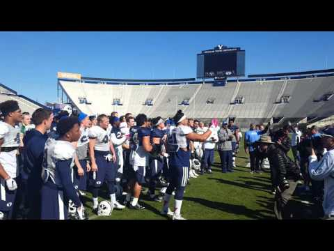 BYU Football sings fight song with alumni
