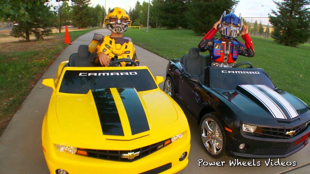 Bumblebee vs Optimus Prime - Kid Motorz Camaro Race! - YouTube