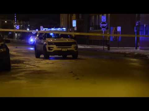 32-year-old man shot in South Chicago