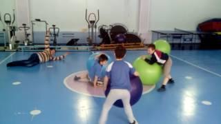 Подвижные игру и конкурсы с фитболами . №2