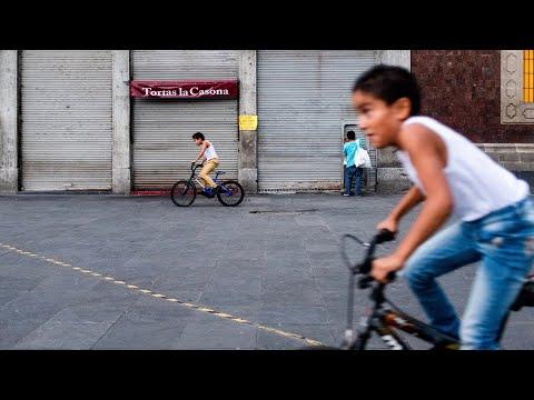 Skating Through Paseo de la Reforma in Mexico City (CDMX)