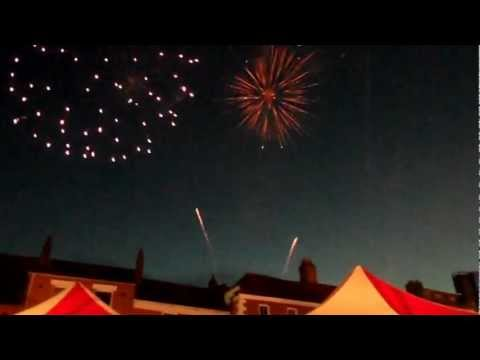 Newark-On-Trent Christmas Lights Switch On - Fireworks