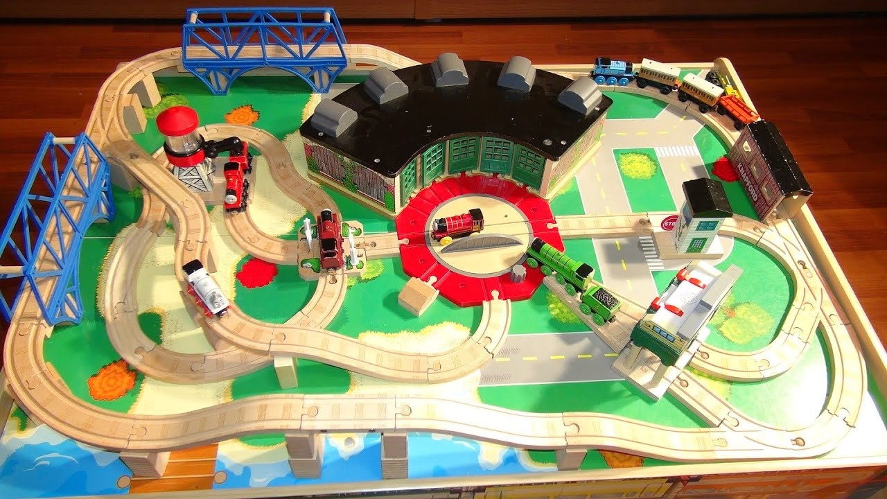 Thomas and Friends Train Table like at Chapters or TOYSRUS with all the track and Trains demo - YouTube : thomas the train table set - pezcame.com