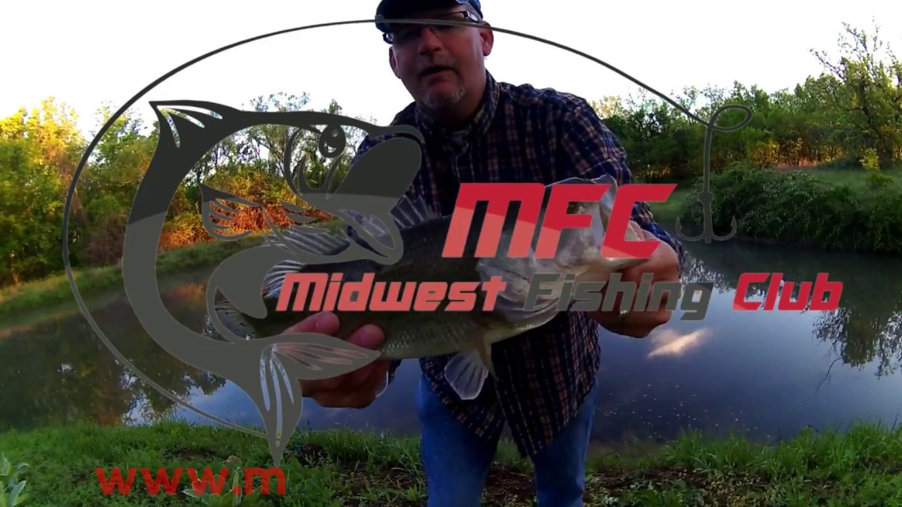 Pond Bass Fishing with a Rooster Tail Inline Spinner