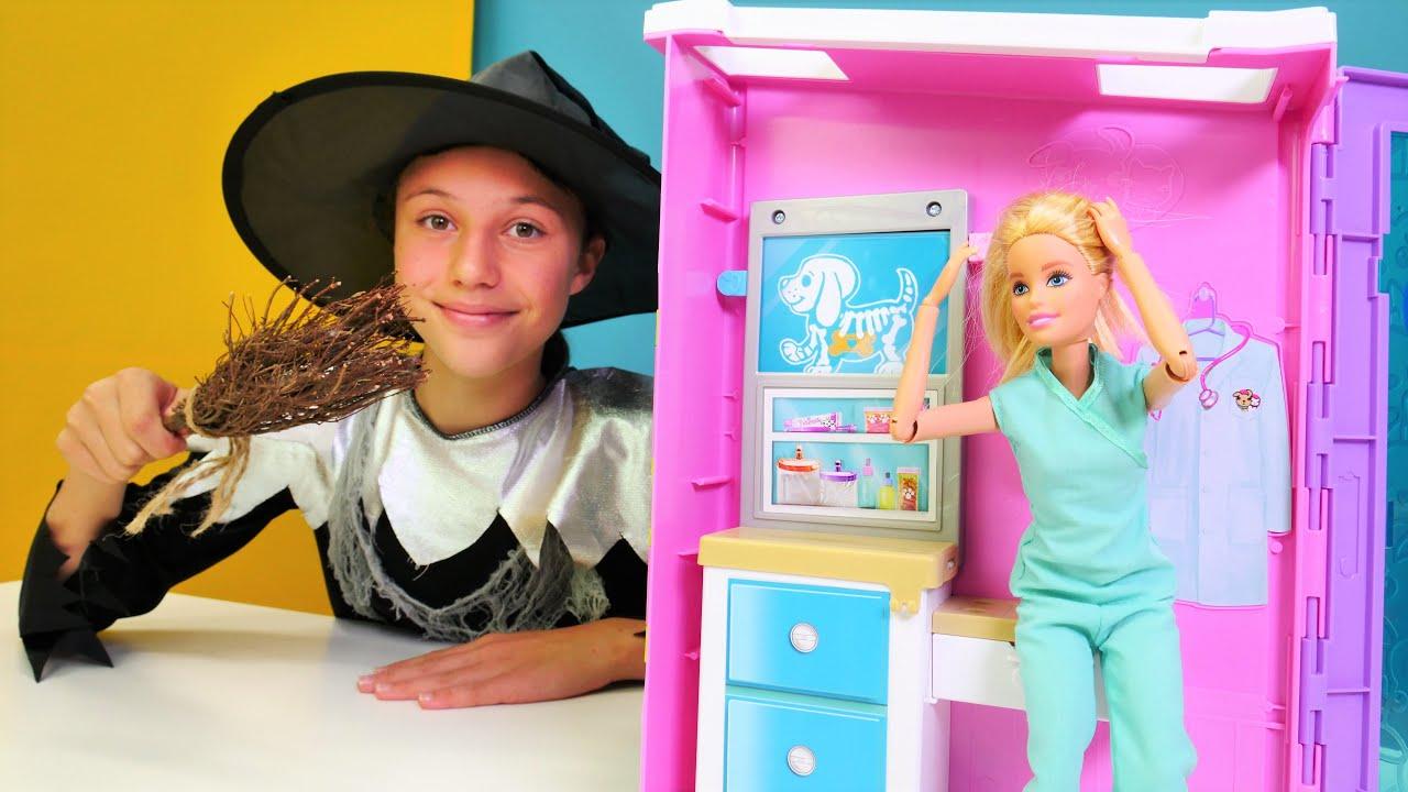 Transformamos a Barbie en veterinaria. Juegos para niñas. Video para niñas pequeñas