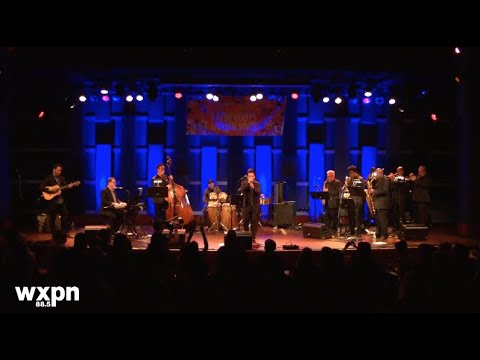 """Orquesta Akokán - """"A Gozar la Vida"""" -w- Percussion Intro LIVE"""