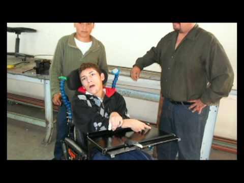 Proyecto adaptaci n de mesa para silla de ruedas est 13 for Mesa de comer