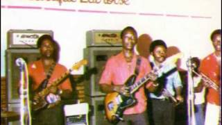 Tangawusi Papa Noel T.P. O.K. Jazz 1982.mp3