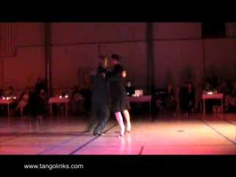 Javier Rodriguez & Andrea Missé: Si Sos Brujo