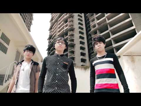 DUNG KHOC NHE - TEEN BOY - DD FONY TRUNG 2013