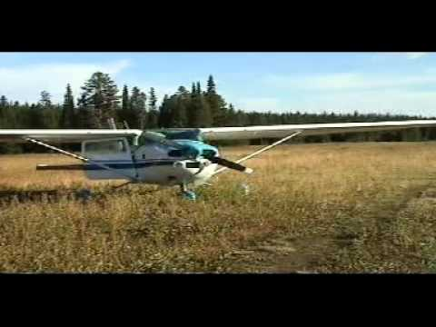 Backcountry landing and take off on the high elevation Airstrip Memaloose, 25U, Oregon