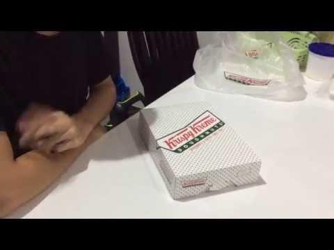 โดนัท Krispy Kreme สาขา ฟิวเจอร์พาร์ค รังสิต ค้างคืน รสชาติเป็นอย่างไร?