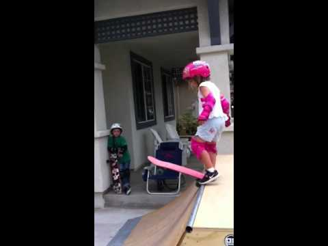 5 year old skateboard girl