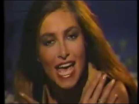 DANIELA ROMO - YO NO TE PIDO LA LUNA (VIDEO OFICIAL) 1984