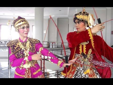 tari-golek-menak---javanese-classical-dance---icrs-ugm---tari-klasik-jawa-yogyakarta-[hd]