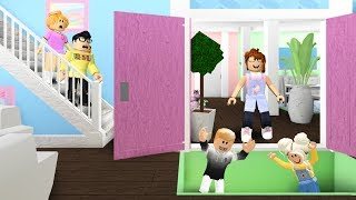 Mom Trapped SIBLINGS In Her Home.. We Got ADOPTED To Save Them! (Roblox Bloxburg)
