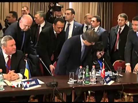 Историческое событие - в Армению прибыл министр иностранных дел Турции
