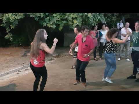 Vira Dançado em Roda na Desfolhada em Bravães - 2018