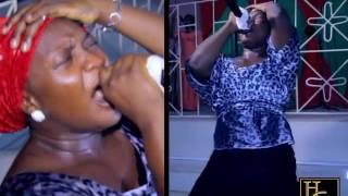Download Video Bunmi Akinnaanu Adeoye (Omije Ojumi) draw tears from people's eyes at a concert MP3 3GP MP4