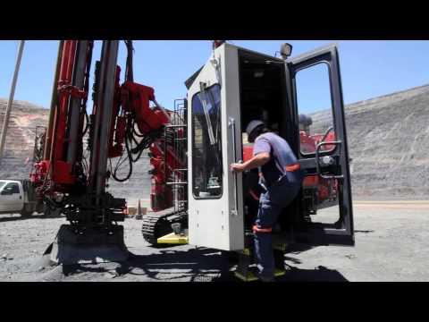 Gold mining in the Nevada desert