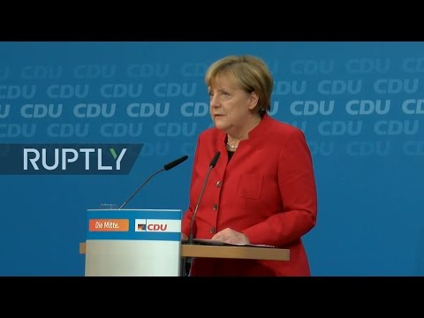 LIVE: Merkel to deliver press statement after meeting with CDU leadership