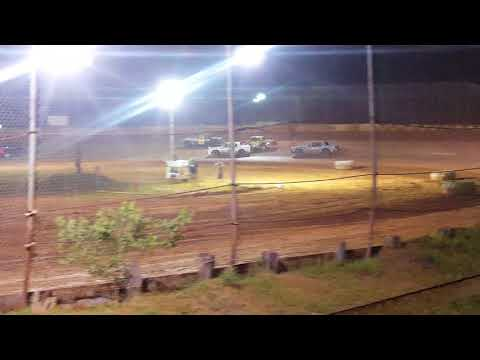 Factory Stock Feature Race @ 105 Speedway 6-2-18