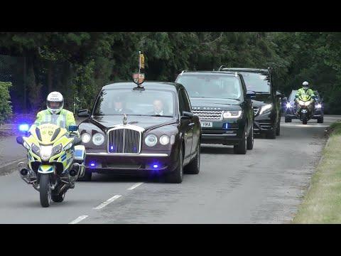 Queen Elizabeth & Prince Charles Royal Motorcade at Royal Ascot - Major Police Presence!