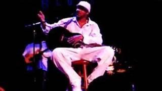 Lyfe Jennings singing Goodbye