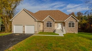 Tour This Home at 256 W Farms Rd Howell,  New Jersey 07731