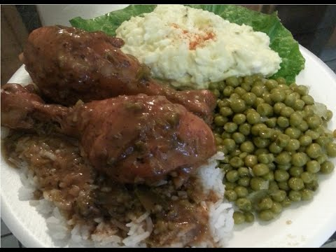 How to make Smothered Chicken with Brown Gravy,Rice,Green Peas and Potato Salad